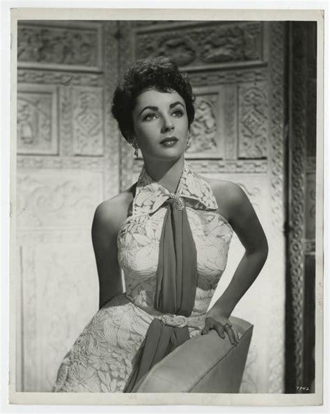 vintage studio photographs of elizabeth taylor jpg 736x924